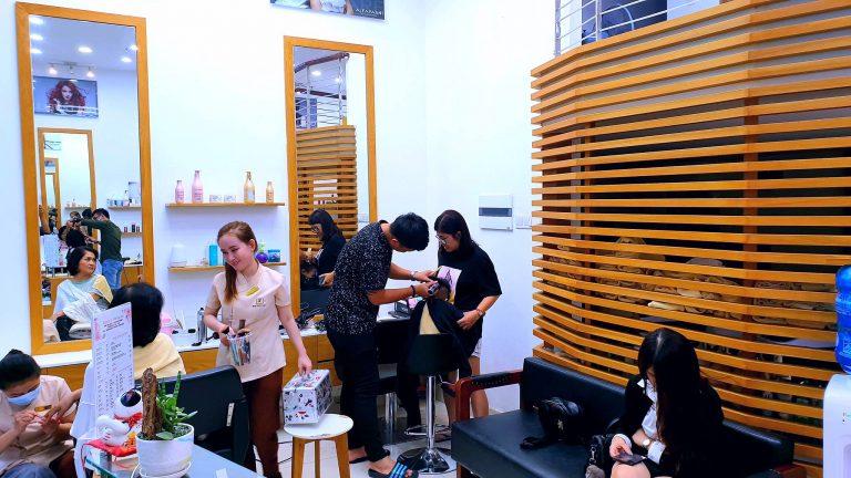 Salon tóc hoa thủy tiên