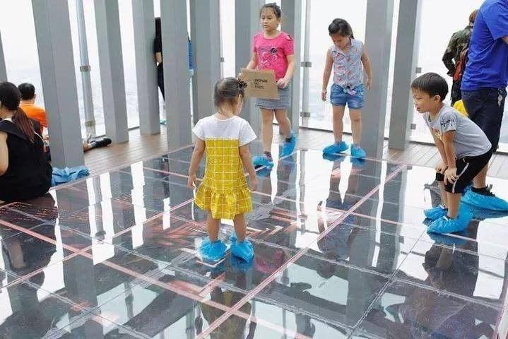 Địa điểm quan sát thú vị cho các bé tại Skyview